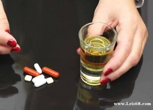 警惕!过年喝酒的必看!除了头孢,吃这些药也千万别饮酒!严重会致死……