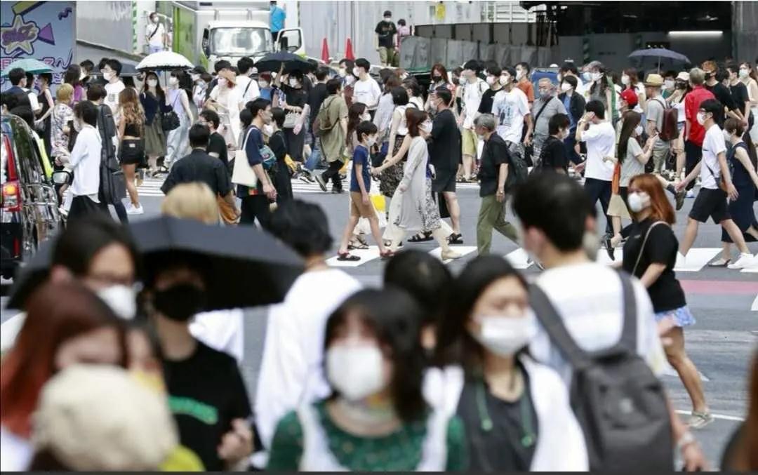日本新增1608人感染新冠肺炎,日本政府和英国阿斯利康公司达成1.2亿分的新冠疫苗提供协议!
