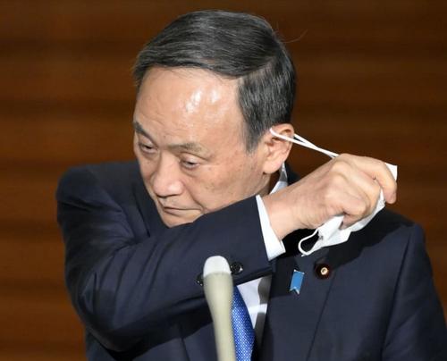 """日本太难了!疫情失控,医疗崩溃,经济暴跌,谁来为日本""""悲剧""""负责?!"""