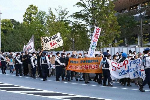 定了!东京奥运会将允许1万名观众入场,日本离第5波感染潮还有多远…